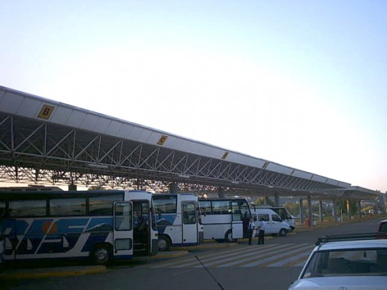 Space frame canopy for the Corfu Airport bus terminal